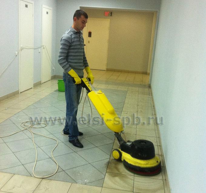 Уход за полами при генеральной уборке офисов